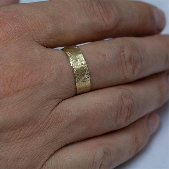 7mm Men's Rustic wedding Band Gold, Anvehu Jewelry