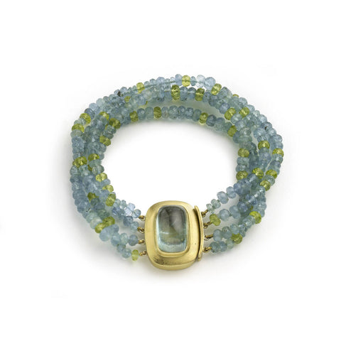 Aquamarine and peridot bead bracelet, with yellow gold clasp set with large aquamarine cabochon