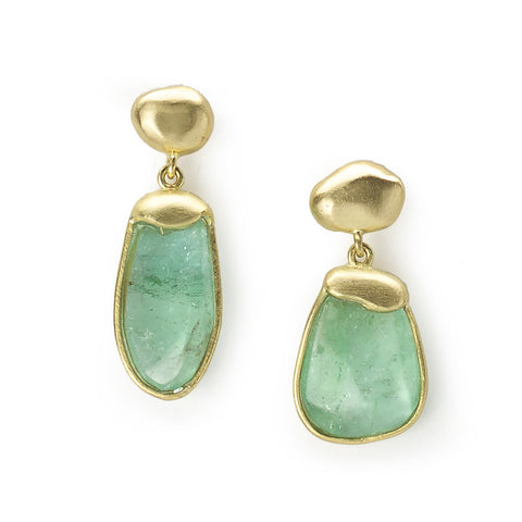 Asymmetrical pair of Paraiba tourmaline earrings set in molten effect yellow gold