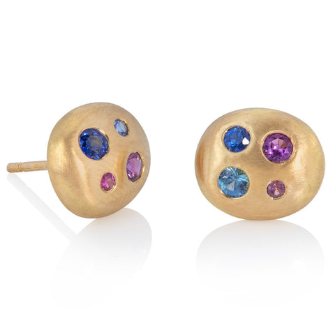 Small stud earrings, in pebble shape, set with multi-coloured sapphires