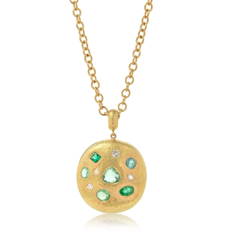 Round hammered yellow gold pendant, set with assorted shapes of Paraiba tourmalines and diamonds, hung on yellow gold chain