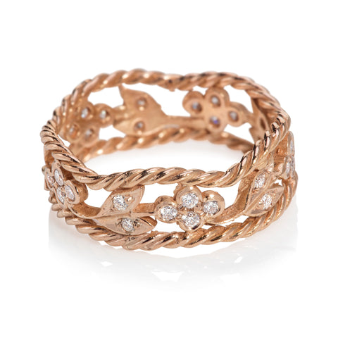 Rose Gold Ring Set With Diamonds