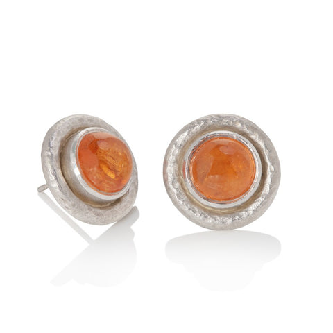 White gold stud earrings set with round mandarin garden cabochon, finished with hammered texture