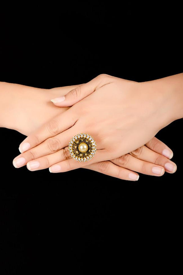 Indi Fashion Elizabeth Ring