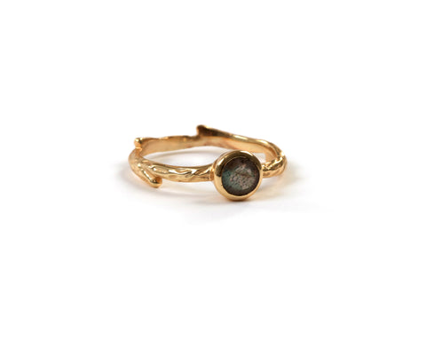 Goldlust LDN Labradorite Wilderness Ring in 18k Gold