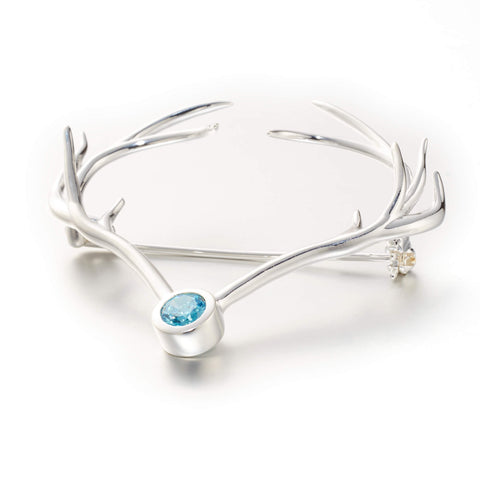 Goldlust LDN Antler Heart Brooch in 925 Sterling Silver with Turquoise Cubic Zirconia.