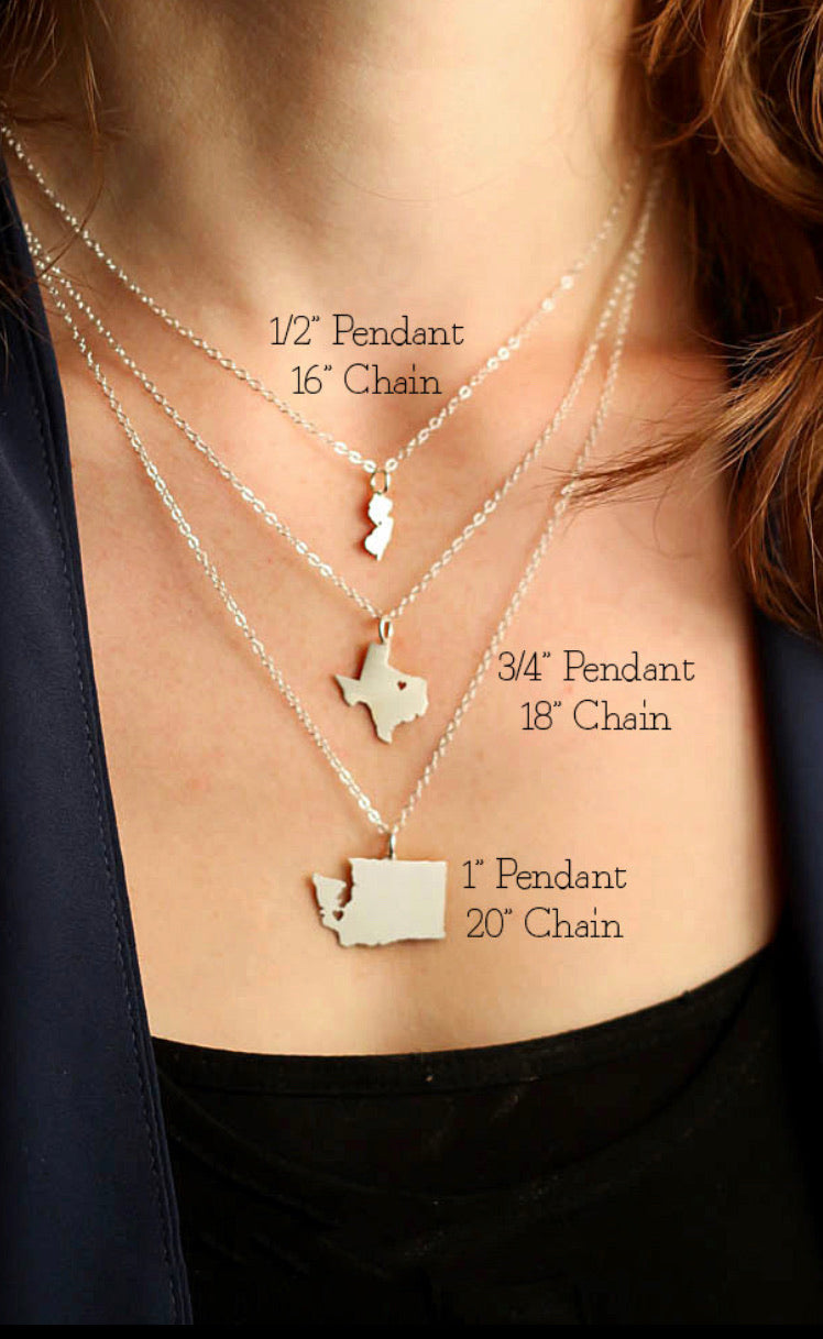 Country map name pendant