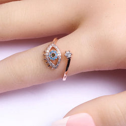 Pretty blue eye ring with cubic zirconia resizable