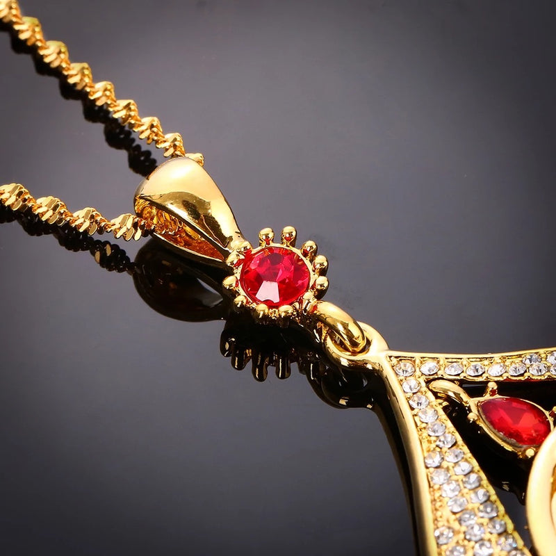 Exquisite & unique Turkish necklace with red crystal