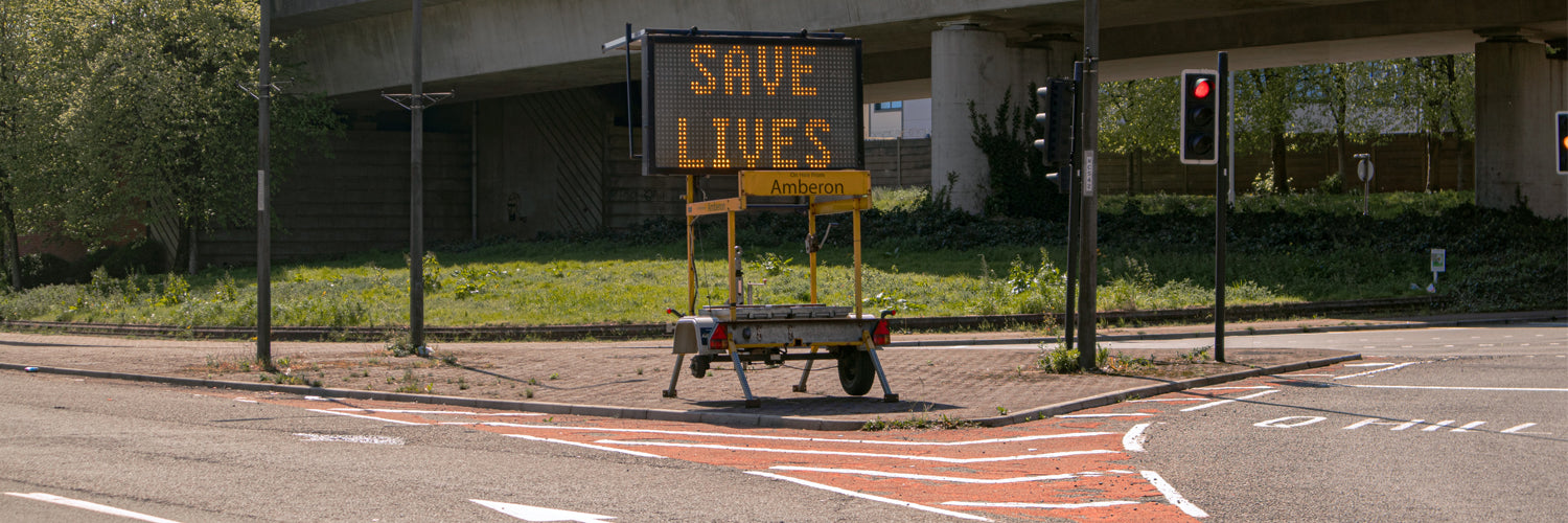 Save lives motorway sign