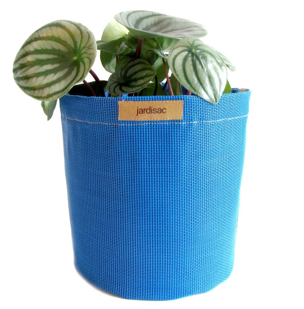 Blue plastic plant pots modern planters for balcony and terrasse