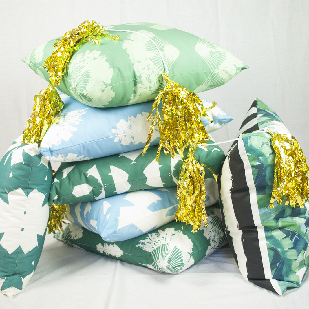 Why Throw Pillows Make the Perfect Holiday Gift