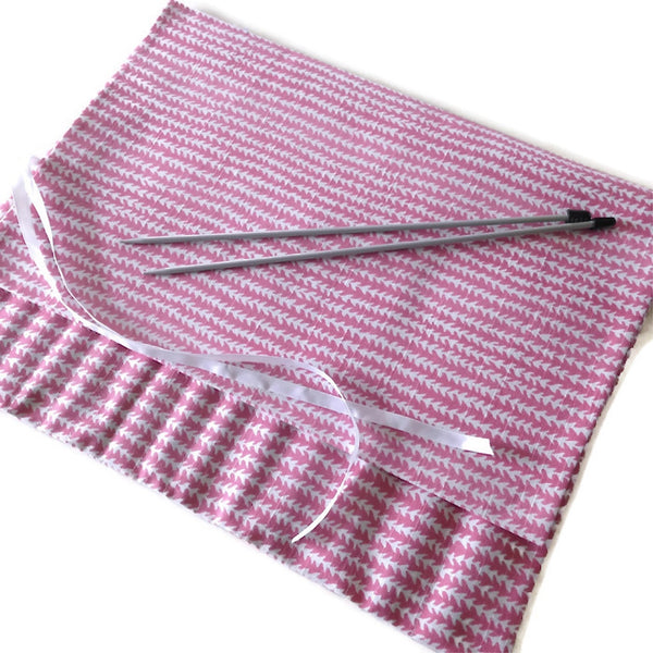 15 Pocket Straight  Needle Roll Up Case Pink Zigzag