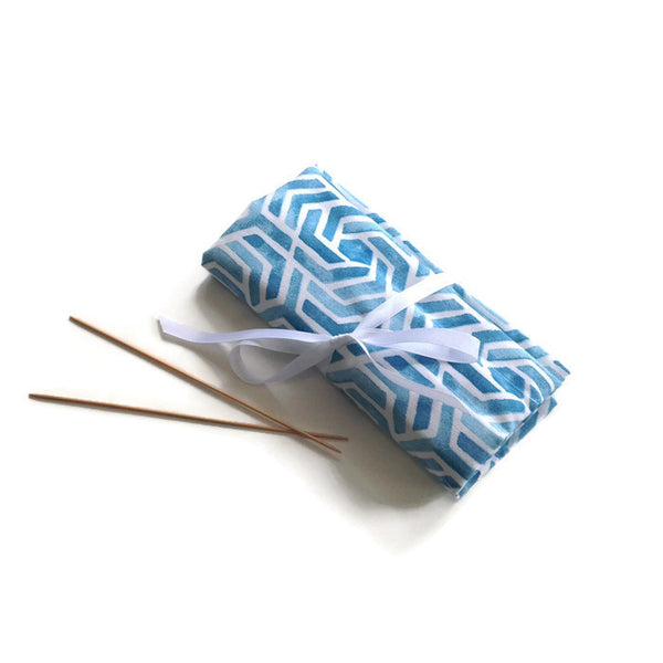 Double Point Needle Roll Up 6 or 12 Pockets Blue Graphic
