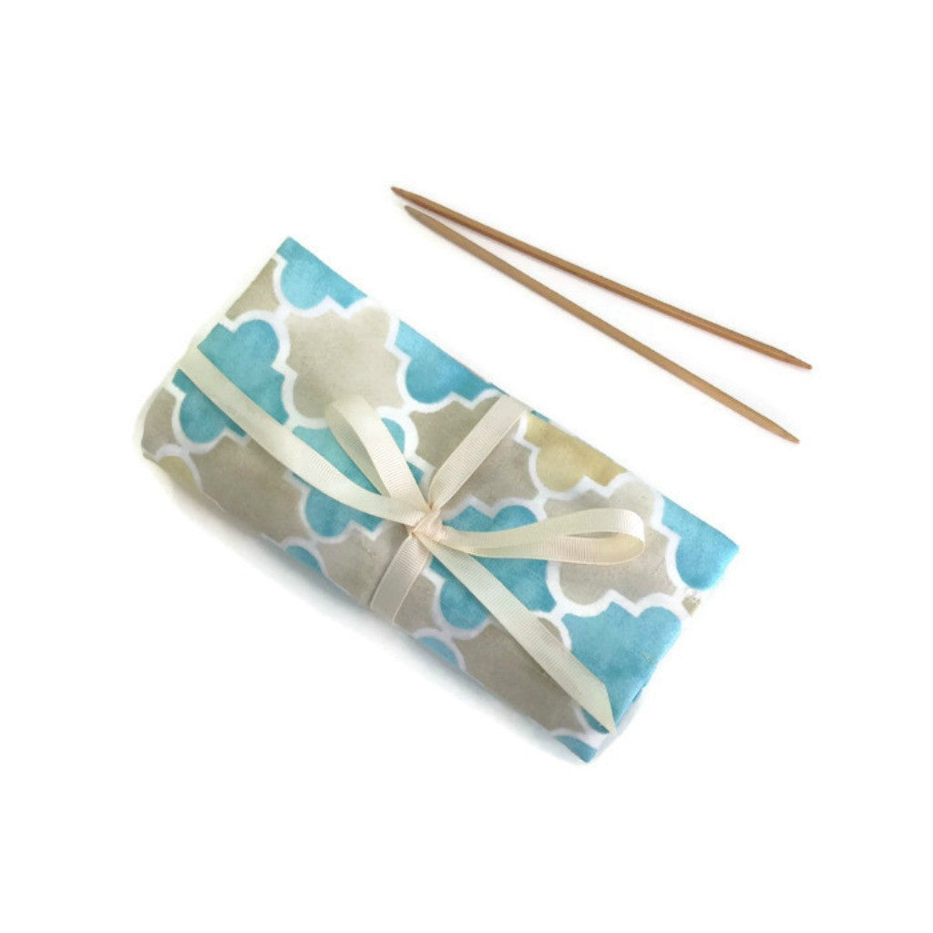 Double Point Needle Roll Up 6 or 12 Pockets Aqua Beige Graphic