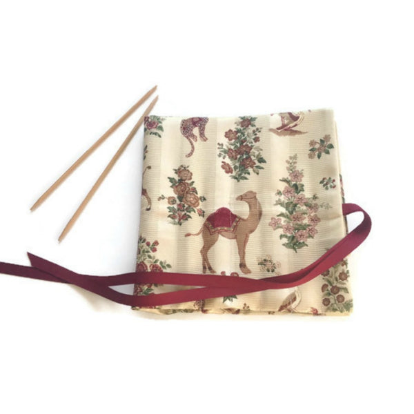 Double Point Needle Roll UP 12 Pockets Exotic Animals