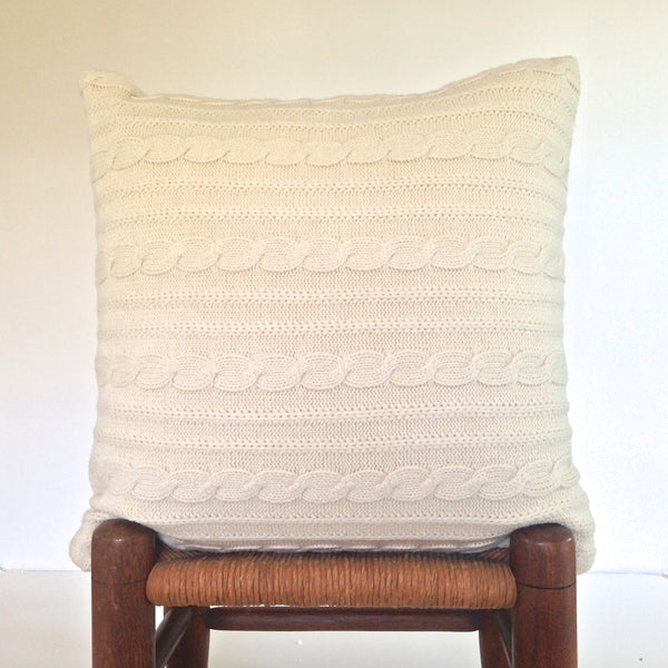 Sweater Pillow Single Off White Acrylic Cables