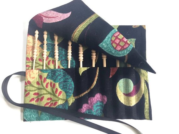 Complete Set Brittany Crochet Hooks Black Floral Fabric Roll Up Case