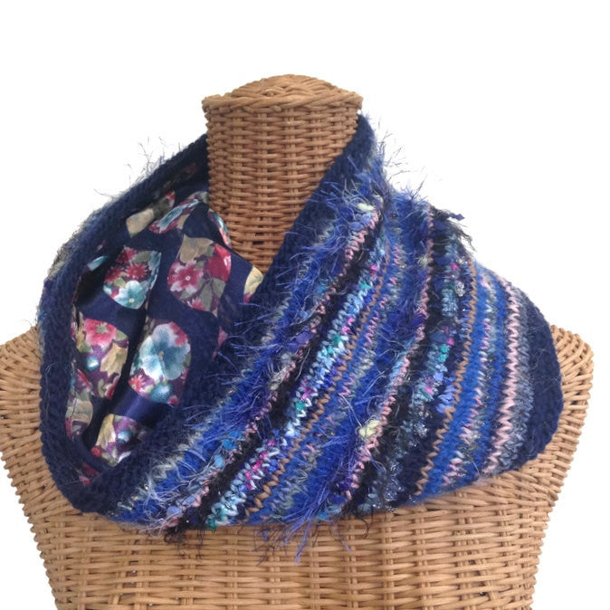 Reversible Cowl Blue Floral - Buttermilk Cottage - 1