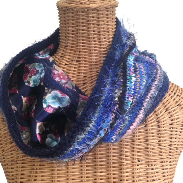 Reversible Cowl Blue Floral - Buttermilk Cottage - 3