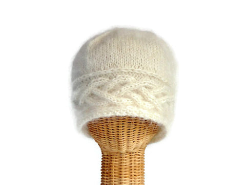 Cloche Celtic Cable White Mohair - Buttermilk Cottage