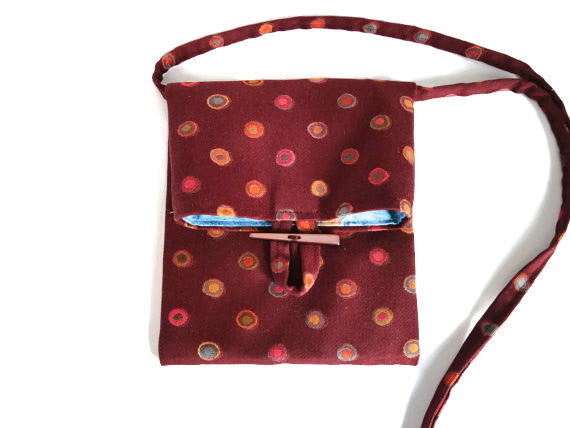 Tag Along Bag Burgundy Circle Motif - Buttermilk Cottage - 1