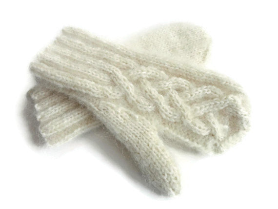 Mittens Winter White - Buttermilk Cottage - 3