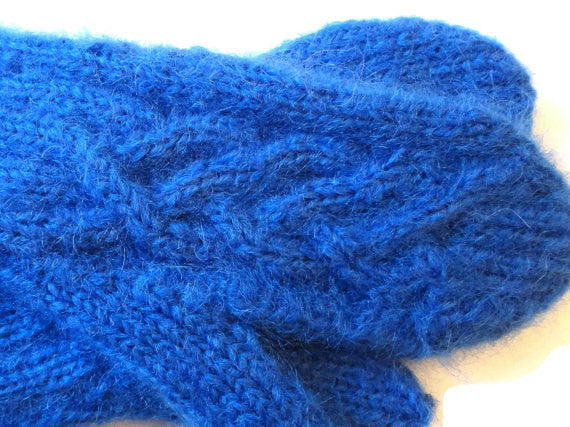 Mittens Blue - Buttermilk Cottage - 4