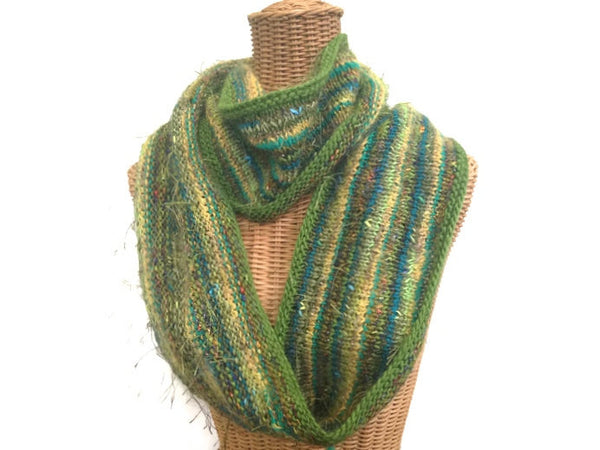 Infinity Scarf Green FUSION - Buttermilk Cottage - 3