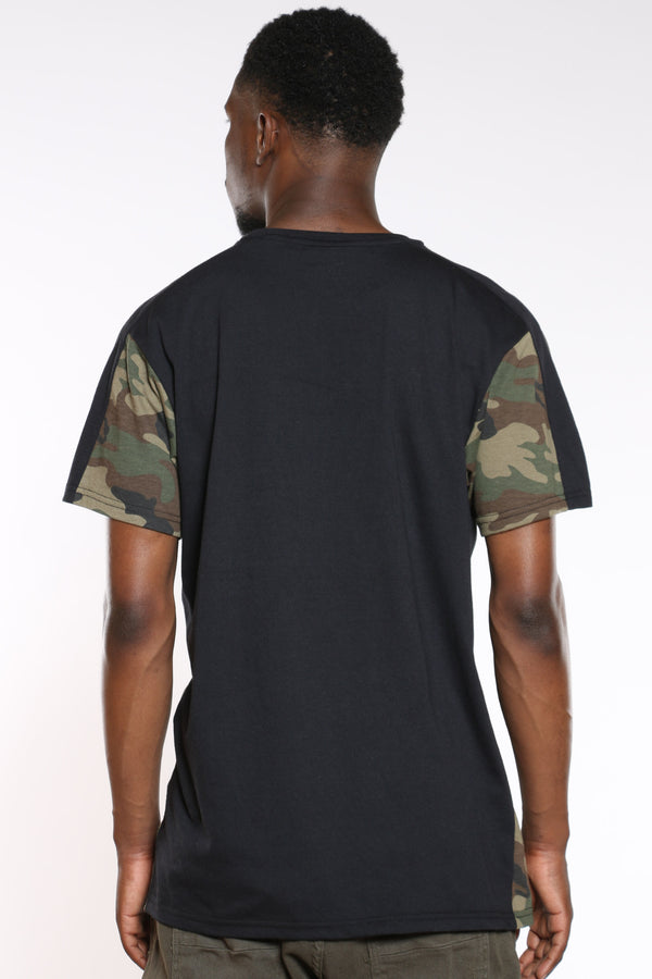 Men's Savage Embossed Colorblock Tee - Woodland Camo