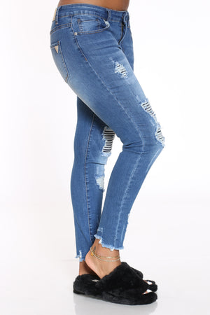 Women's Ripped Fray Hem Jean - Medium Blue