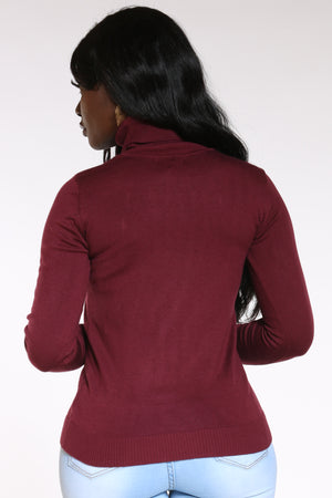 Women's Turtle Neck Sweater - Burgundy