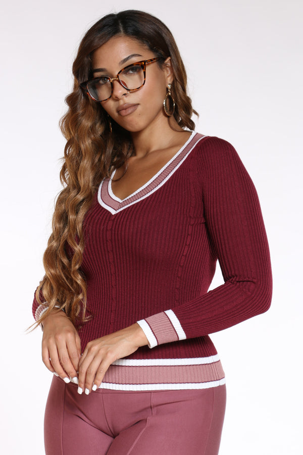Women's V Neck Two Tone Sweater - Burgundy