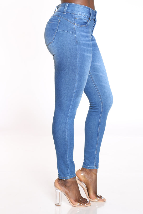 Women's 6 Button High Rise Skinny Jean - Medium Blue
