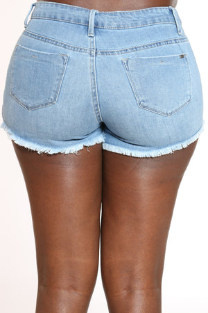 Women's Fray Hem Pearl Trim Booty Short - Blue