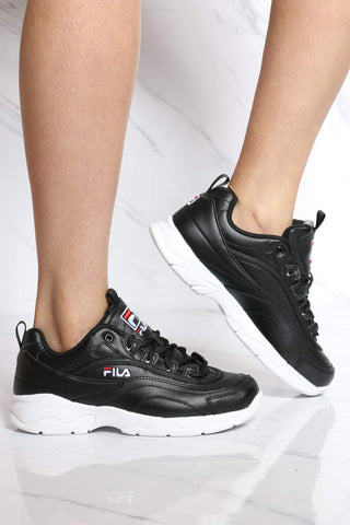 FILA-Women's Disarray Low Top Sneaker - Black White-VIM.COM