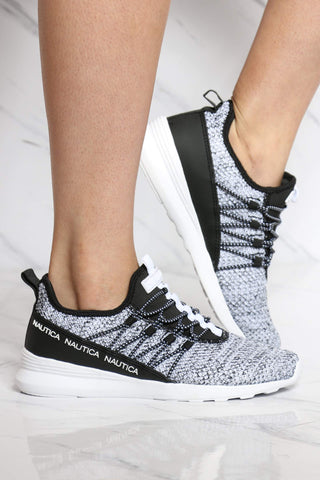 Women's Fleur Low Top Sneaker - Black White