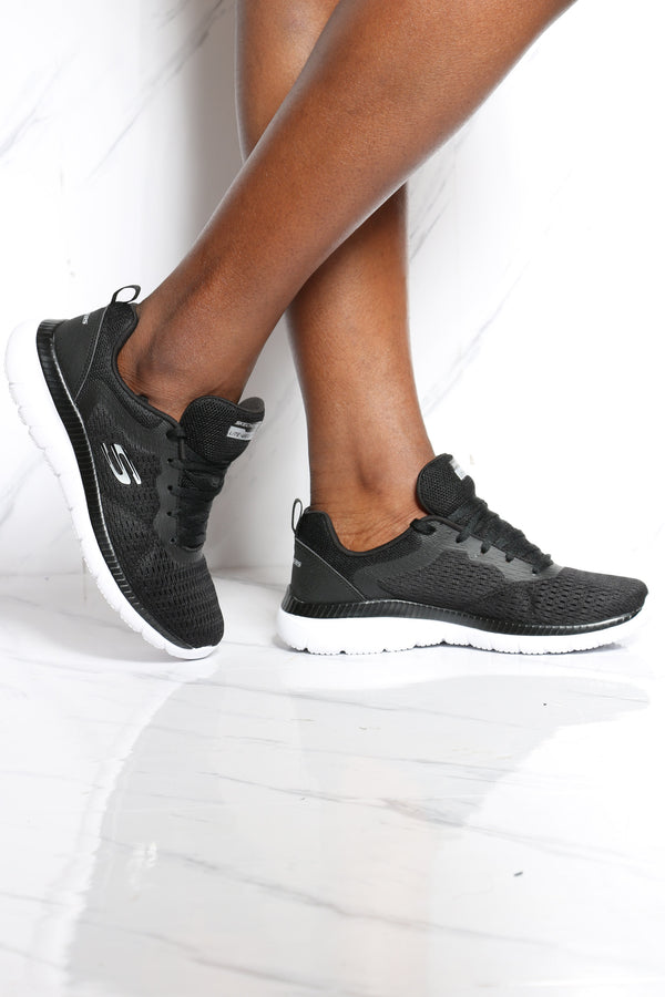 Women's Bountiful Quick Path Sneaker - Black White
