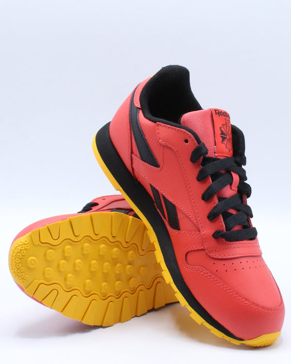 Classic Leather Mu Sneaker (Grade School) - Red Black Gold