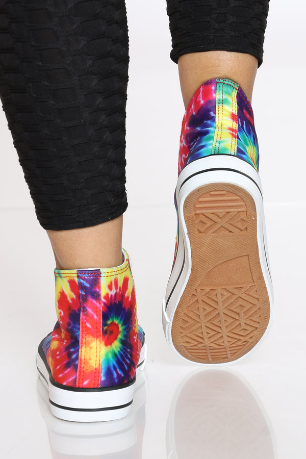 Women's Hi-top Lacy Sneaker - Tie Dye
