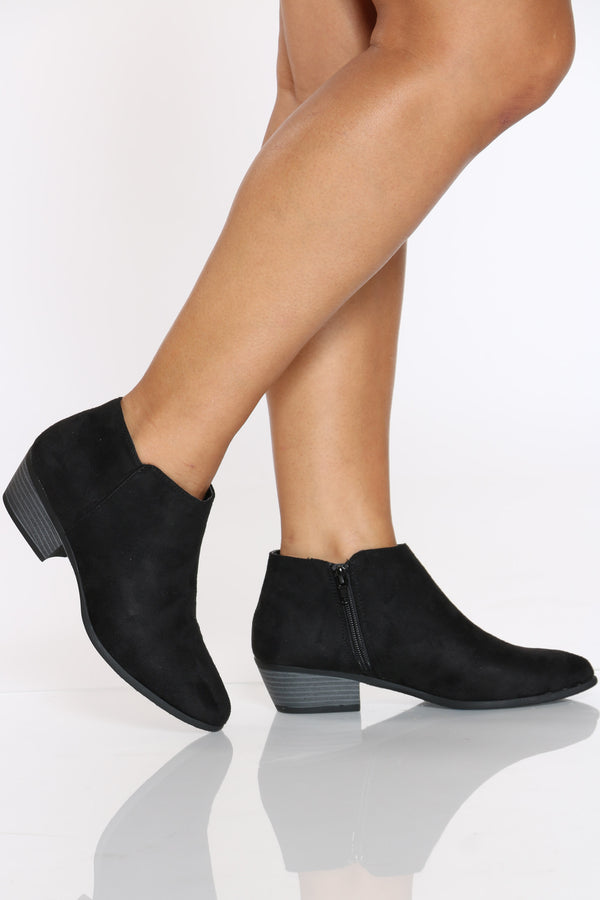 Women's Ankle Side Zipper Bootie - Black