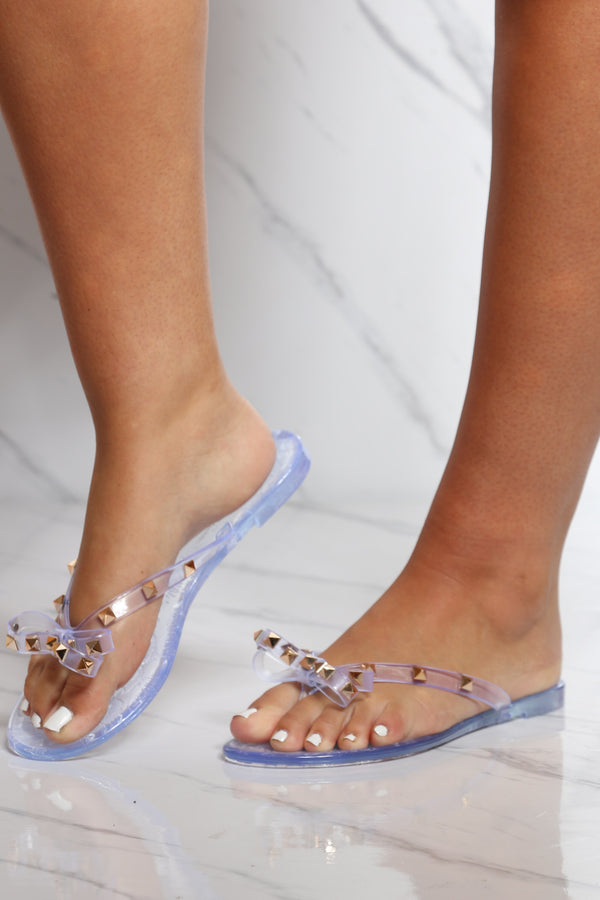 Women's Bow Studs Jelly Flip Flops - Clear