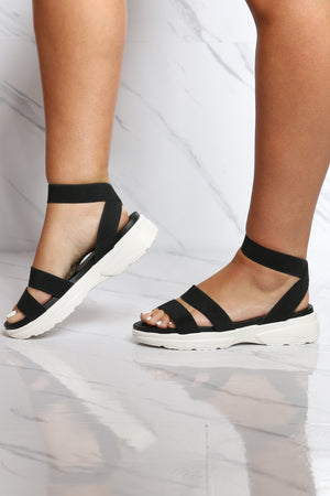 Women's Elastic Sporty Sandal - Black