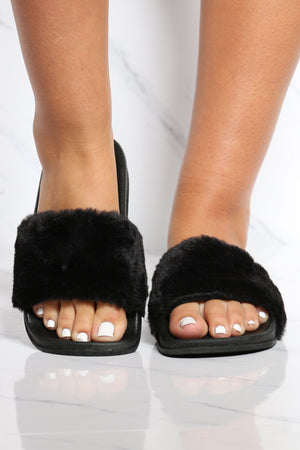 Women's One Band Fur Slide - Black-VIM.COM