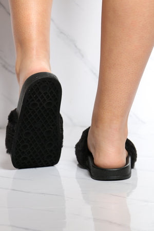 Women's One Band Fur Slide - Black