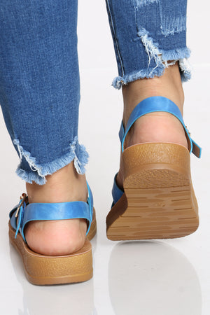 Women's Criss Cross Soft Bottom Sandal - Blue