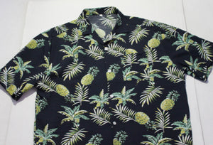 Pineapples Hawaiian