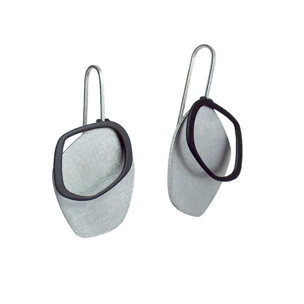X2 Small Solid Earrings - Raw/ Black EARRINGS