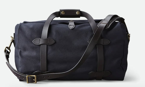 best gym bag 2020, filson gym bag, gym bag for him, gym bag for her