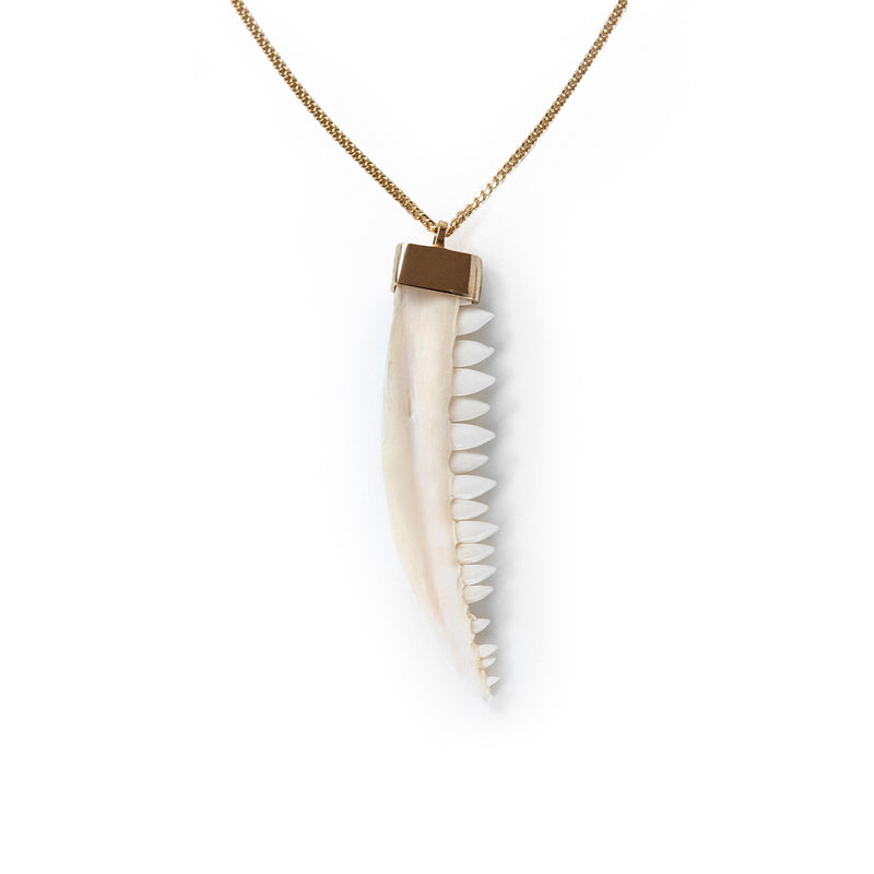 N/S JAW NECKLACE